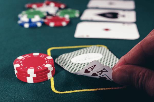aoc_poker_web_23
